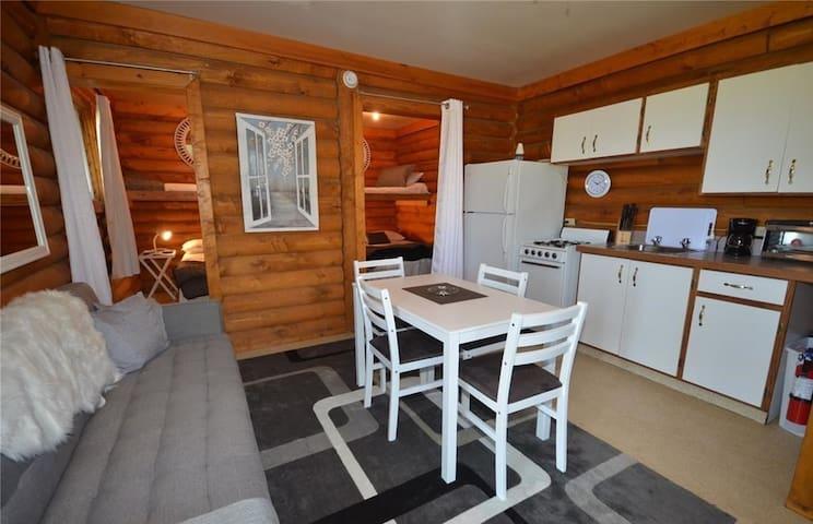 2 bedroom cabin at Delaronde Resort - Cabin #3