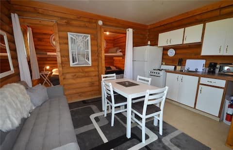 2 Bedroom Cabin at Delaronde Resort - Cabin #4