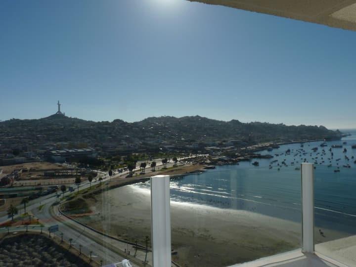 Departamento vista al mar y Puerto de Coquimbo