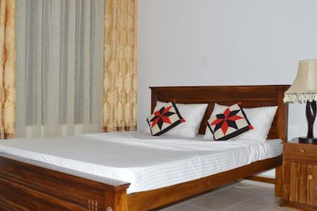 Vista BnB Katugastota - Kandy - Bed & Breakfast