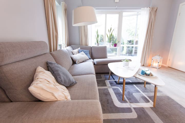 New and stylish 2 bedroom apartment