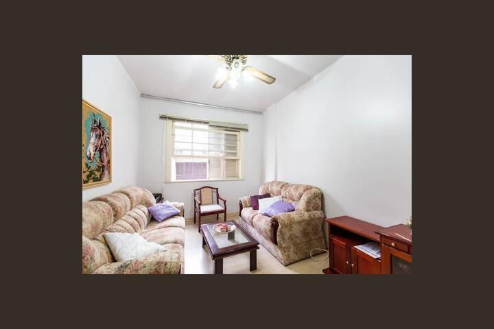 Quarto duplo confortável - Centro Histórico/POA