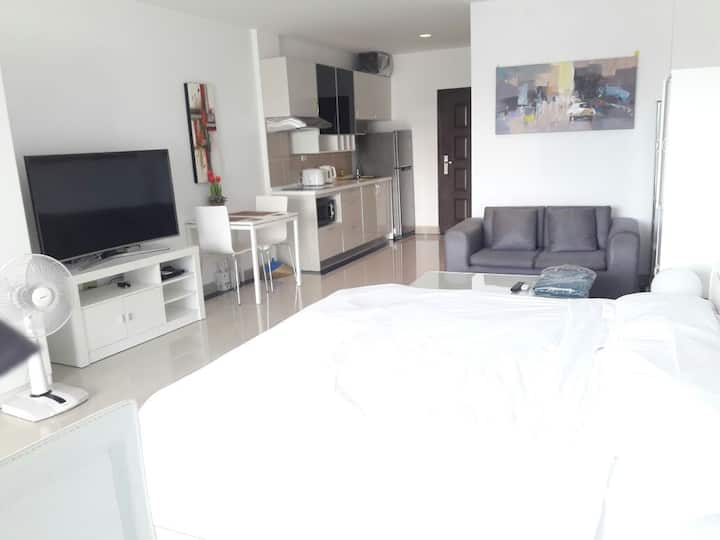 View Talay 7 Beachfront Condominium