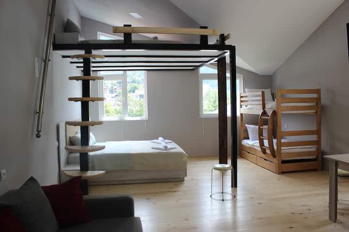 Diasamidzeebi Apartment