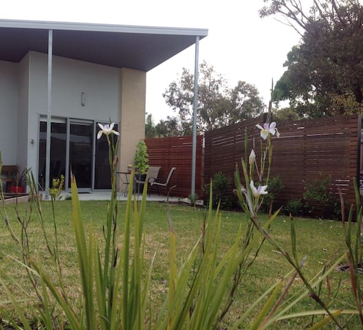 Studio on Park Street - Inverloch - Pis