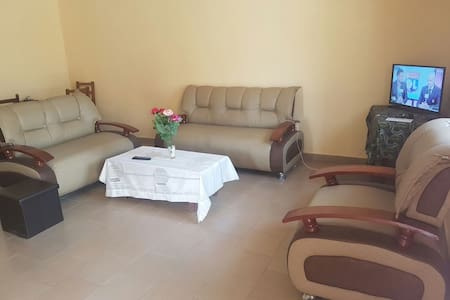 Appartement Meublé/Furnished House Ngousso - Yaounde - บ้าน
