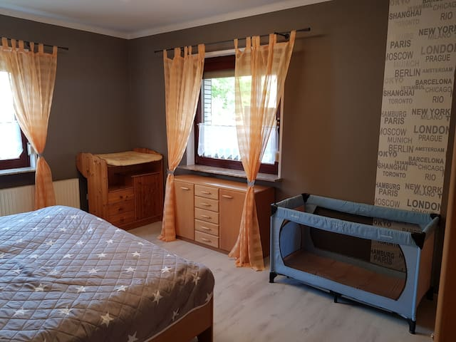 Schlafzimmer/Bedroom 1