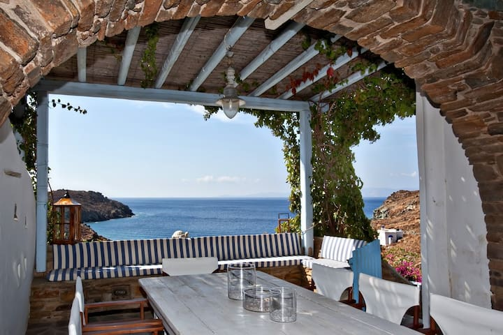 Amazing house right on the beach - Tinos - Casa
