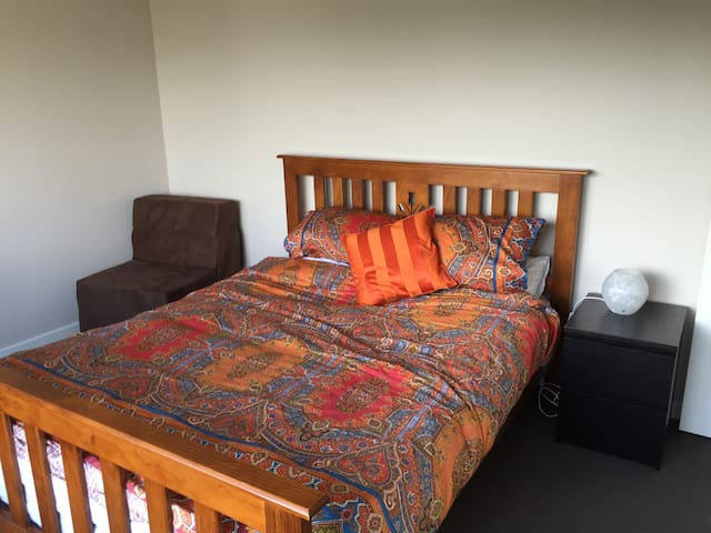 Double bedroom in East Bentleigh - Bentleigh East - Haus