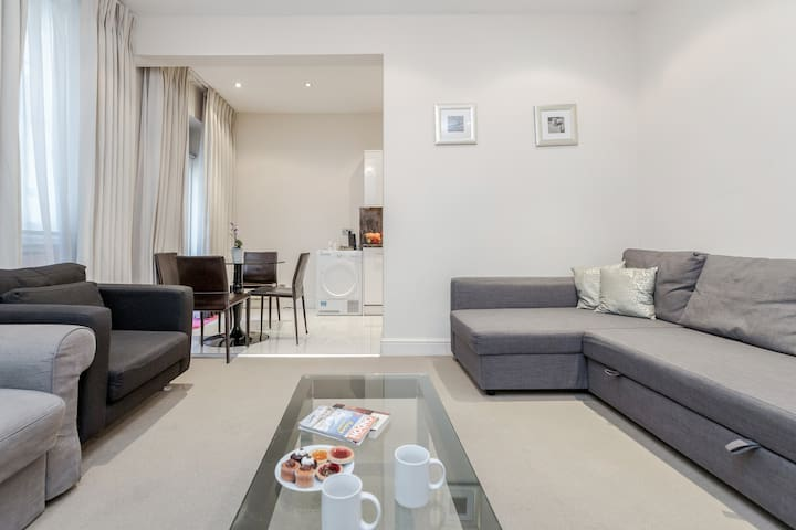 Flat in the heart of Marylebone!