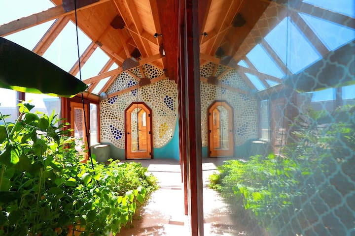 Truchas Earthship - Latest global model Earthship