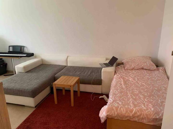 33 qm. Einziges Appartement.