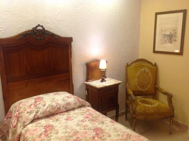 Villa Spagnola-Camera singola - Marina di Bordila - Bed & Breakfast