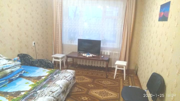 Уютная квартира, в 3 мин. от метро Левобережная.