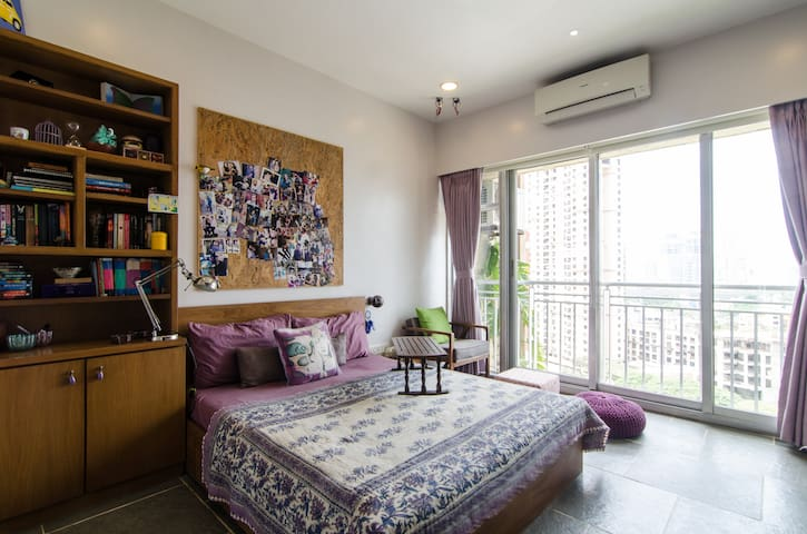 A cosy room with a view & walk-in closet.