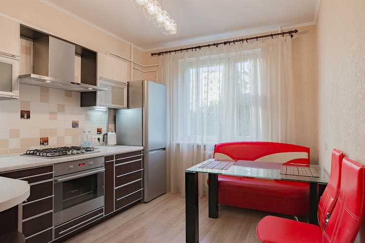 Comfortable Apartments Perfecto Bakinskaya St