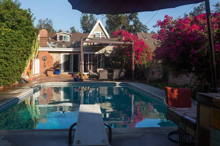 Charming Home in Glendale