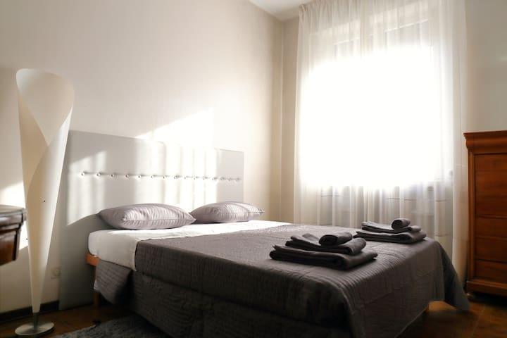 Verona Luxury - Couple Open Space