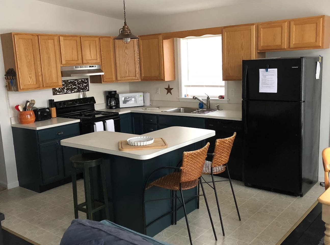 The Sunset Lodge is perfect for groups with an open floor plan upstairs and an extra living room downstairs.