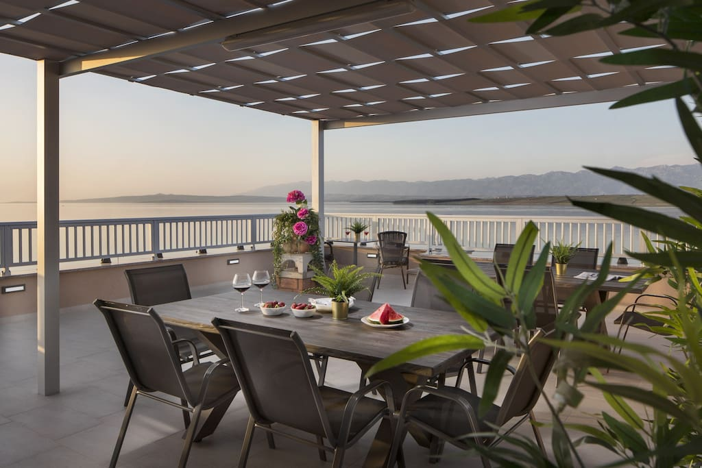 Common furnished balcony with a sea view