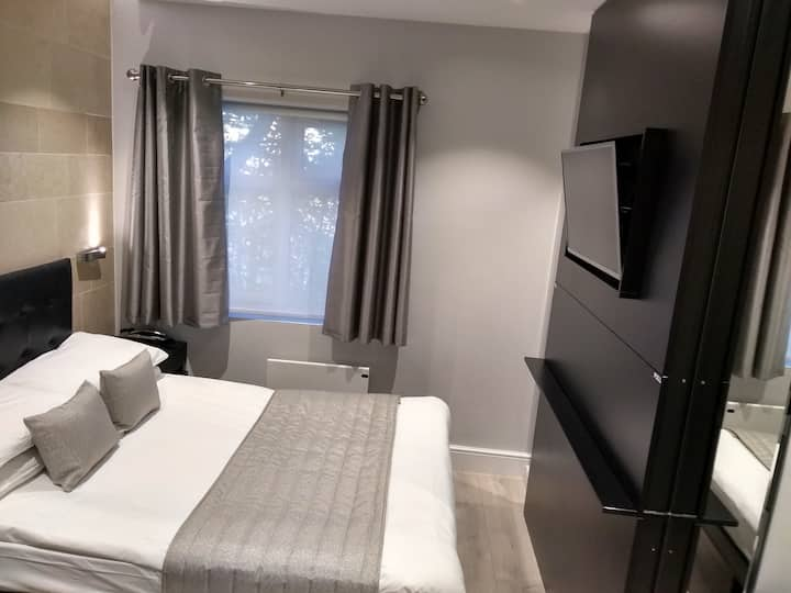 NOX HOTELS | Hyde Park, Twin room.