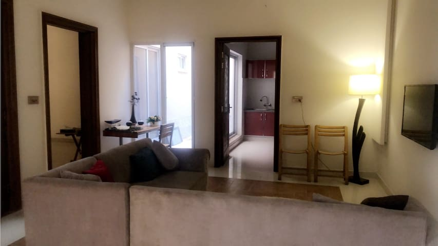 Bright & Stylish House 3BHK-Near Lyallpur Galleria