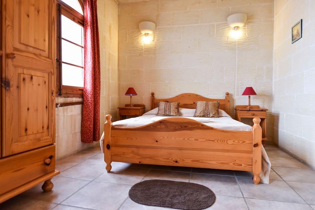 Double bed room first floor