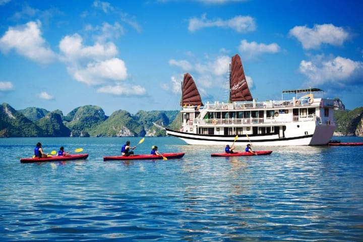 Deluxe Halong Bay Cruises 2D-1N - Hanói - Barco