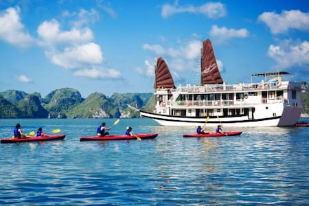 Deluxe Halong Bay Cruises 2D-1N - Hanoi