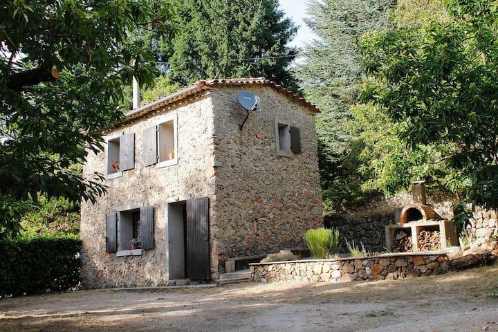 Bergerie , maison individuelle, en Cévènnes.