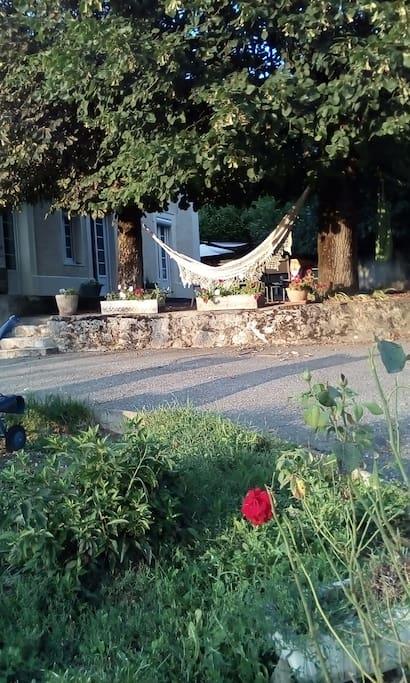 Maison familiale entre lac et montagne maisons louer - Location velo aix les bains ...