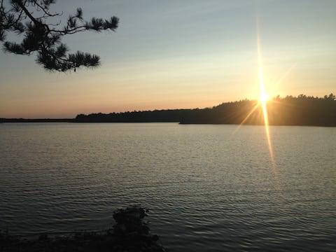 Molega Lake cottage (South Shore, N.S.)