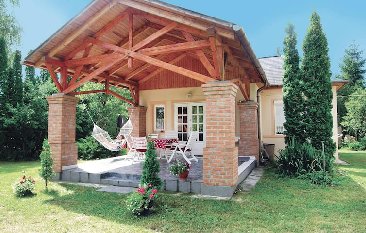 Holiday cottage with 2 bedrooms on 64m² in Balatonmáriafürdö