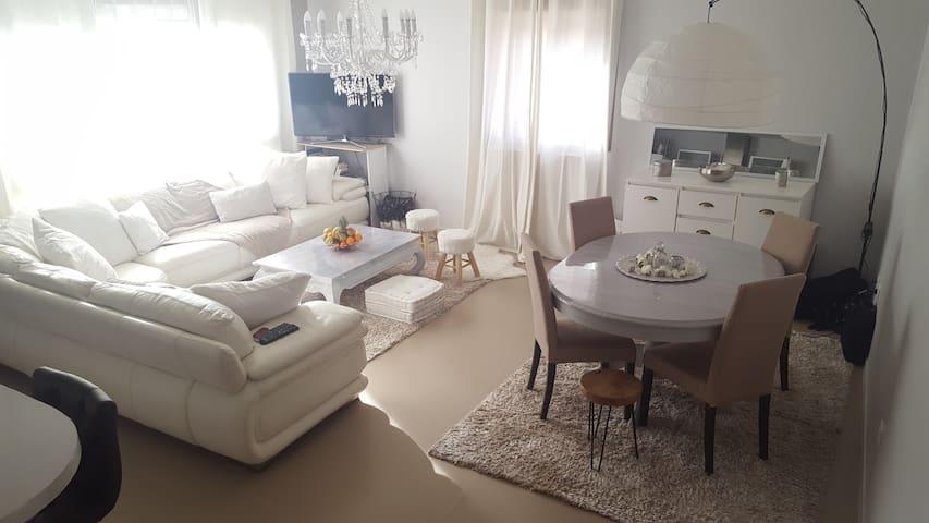 Bel appartement lumineux, duplex 80 m2, bien placé - Montluçon - Apartment