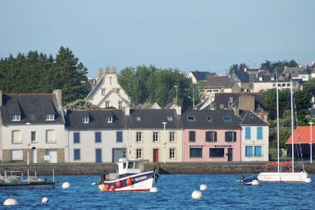 Family home with stunning views - Camaret-sur-Mer