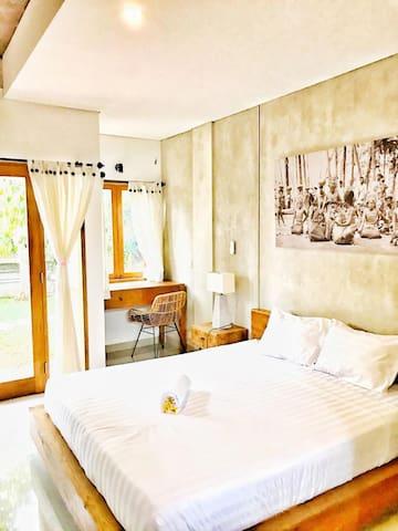 Ubud Homestay with Pool & AC - Room #1