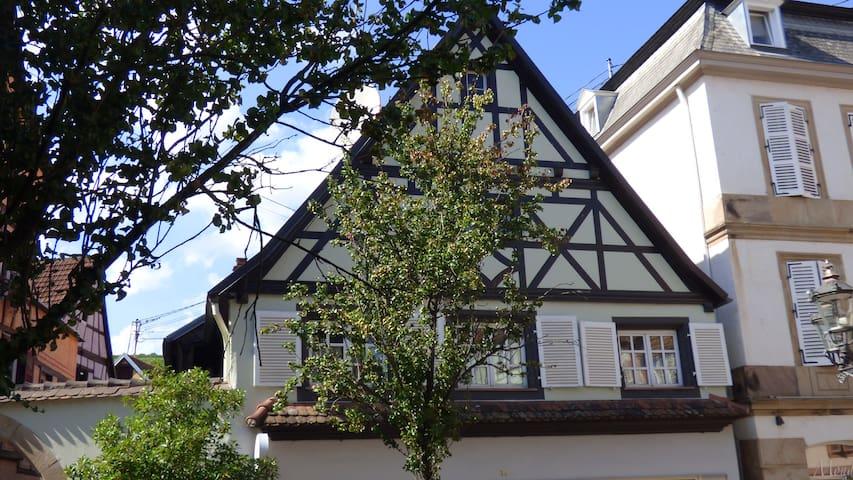 Gite dans maison typique alsacienne 95 m2 - Barr - Huis