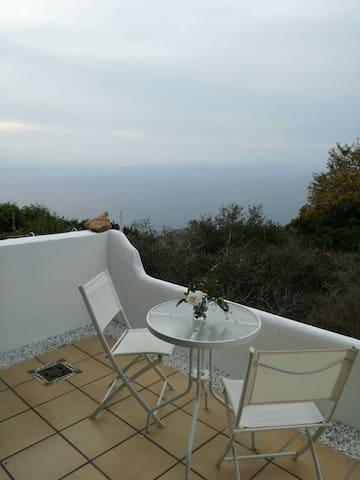 Romántico piso con vistas al mar. - 柳奇馬約爾 - 公寓