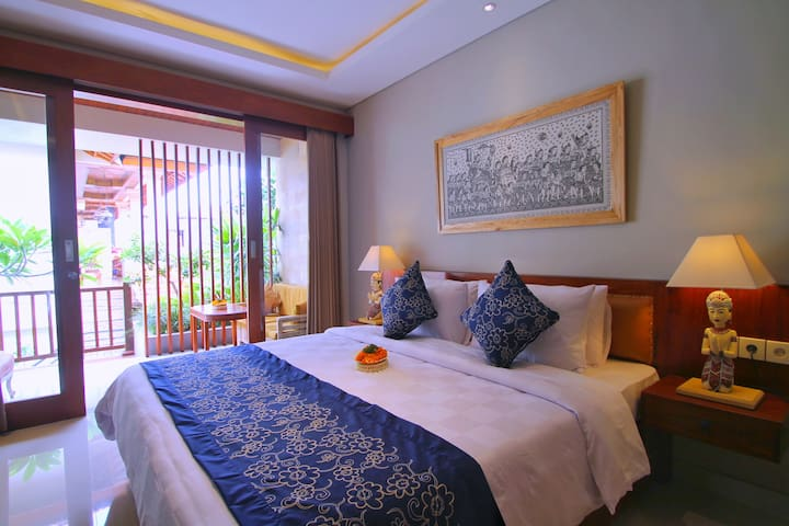 Deluxe Room in the Heart of Ubud (NARADA HOUSE)