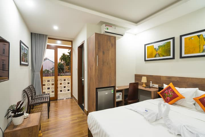 Double Room With City View_The Lit Villa