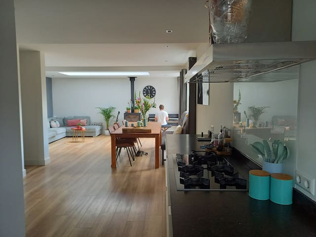 Room with A/C located in the center of Aalsmeer