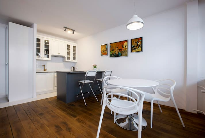 Union Square Apartment in the heart of Warsaw - Warszawa - Lägenhet