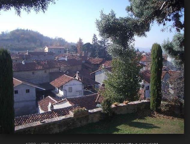 Pasqua in collina: La casa dei nonni a Moncrivello