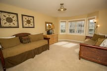 Bedroom 4, 2 Twin daybeds w/ trundles (Sleeps 4) Second Level
