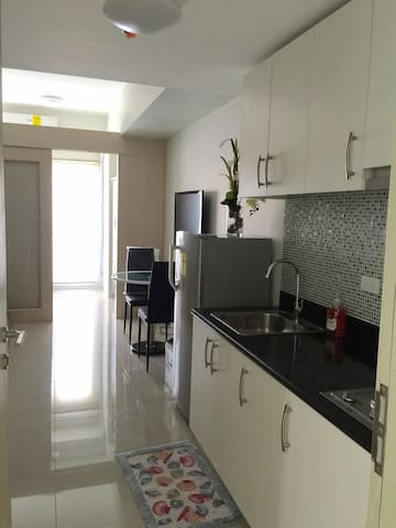 Brand new 1Br condo in Makati - Makati - Appartement en résidence