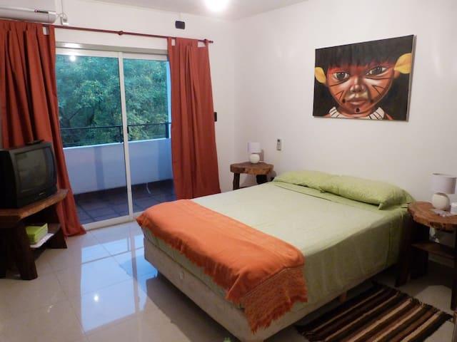 Departamento centro Puerto Iguazú / Priv Apartment - Puerto Iguazú - Apartemen