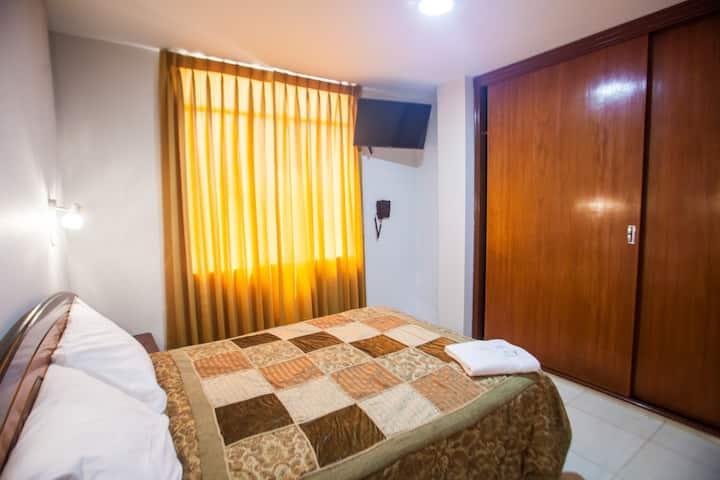 Hostal Vasco- Habitación Matrimonial