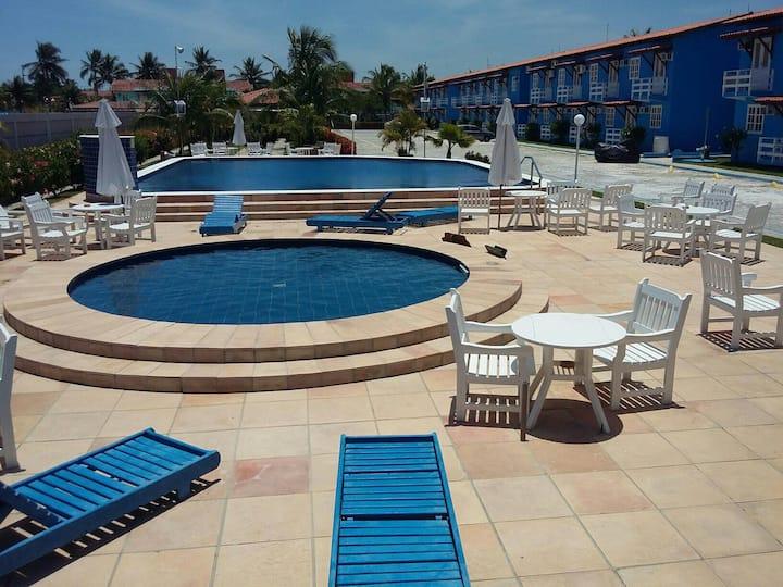 Apartamento 02 Quartos 300m da Praia de Taperapuã