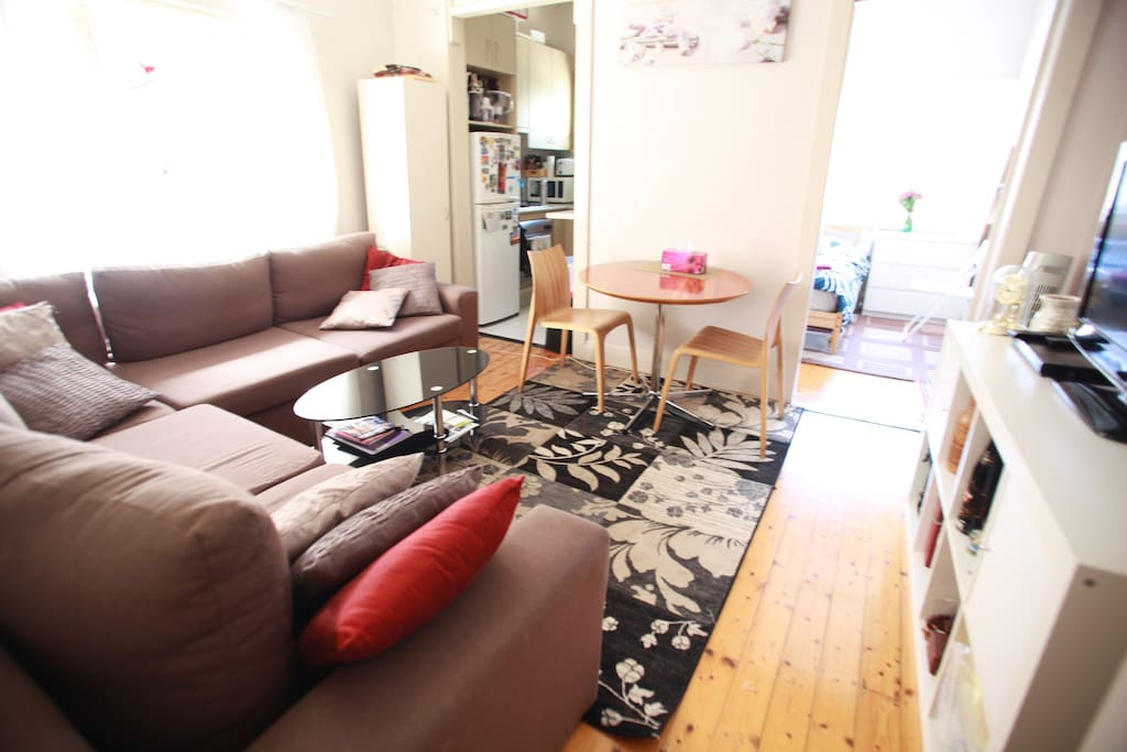Cosy front room complete with flat screen Tv & DVD player, with off flowing kitchen and second bedroom