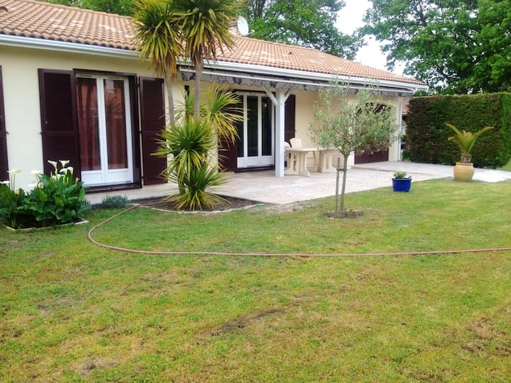House with 3 bedrooms in La Teste-de-Buch, with enclosed garden and WiFi - 3 km from the beach